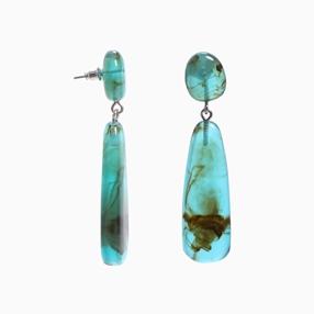 Impress Me pierced earrings with double green resin motifs-