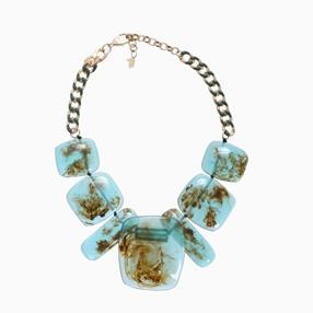 Impress Me chain necklace, rectangular green resin motifs and zinc metal parts-